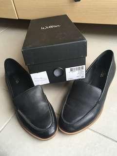 Wittner Havarra Black Leather Loafers 38