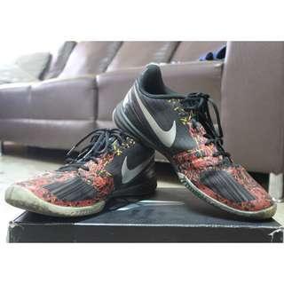 Nike Kobe Mentality Lunarlon size 11 mens