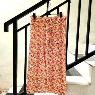 #PrelovedWithLove celana kain katun santai bunga