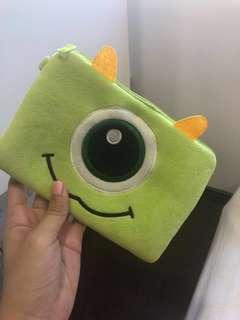 ONE EYE POUCH
