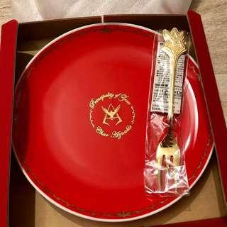 機動戰士高達GUNDAM CAFE 2013 限定馬沙瓷碟&金叉套裝