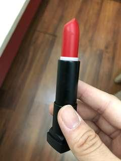 Maybelline Vivid Matte Lipstick in Scarlet Red