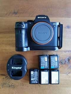 Sony a7ii body with 5 batteries