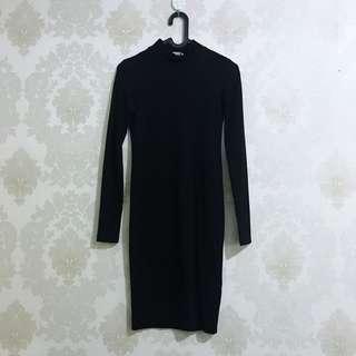 H&M black turtleneck dress