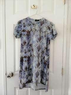Dress w/ side slit