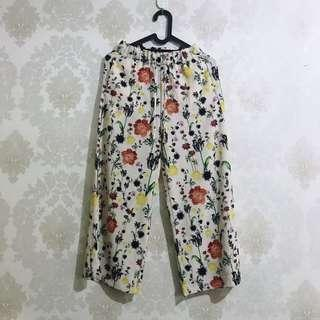 H&M floral cullote