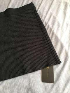 🚚 韓國購入全新包臀窄版黑色內搭短裙37cm