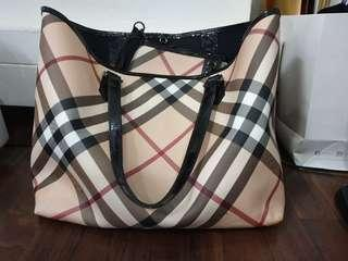 Burberry Black Patent Leather Supernova Check Coated Canvas Large Tote Bag