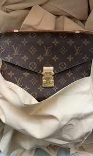be0e191964 NO TRADES  BRAND NEW Louis Vuitton LV Pochette Metis Monogram Crossbody