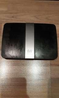 Cisco Linksys E4200 wireless router / wifi for clearance!