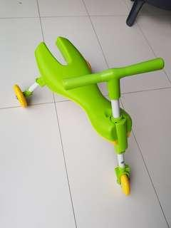 Kid's foldable bicycle