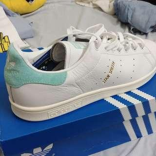 [NEW] Stan Smith Limited Edition from UK! just got it few month ago ~nego~