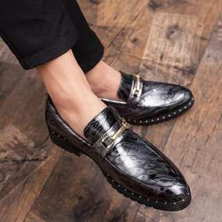 Men's Shinny Style Slip On Loafers Shoes / Formal Shoes