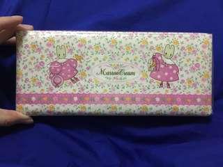 "96"" Sanrio marron cream 筆盒"