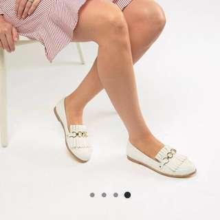 🚚 BN ASOS FAITH fringe chain loafer SIZE40/41 #NEXT30