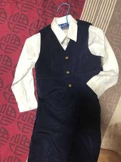 Boys smart Suit size 4