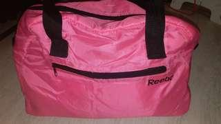 reebok handbag 95% new