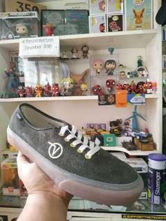 Vans Vault LQQK (sample pair)