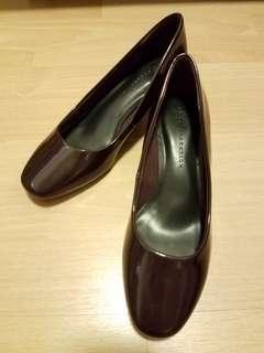 🆕️ 馬莎 酒紅色 高跟鞋