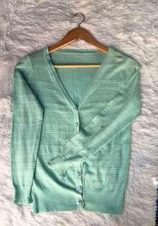 Preloved Green Sweater