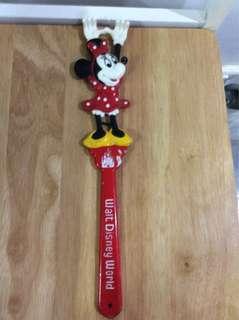 Vintage Minnie Mouse Back Scratcher