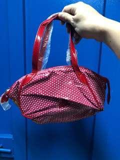 Agnes b red dot hand carry small bag 漆皮 波點 手挽 袋