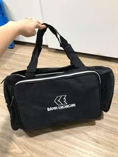 Tas fitness / Tas Travel warna hitam