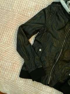 🚚 METEORITE正品女款皮外套38號黑色