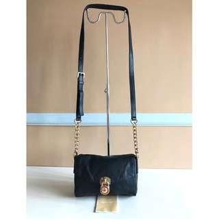 MICHAEL KORS Brand Sling or Body Bag