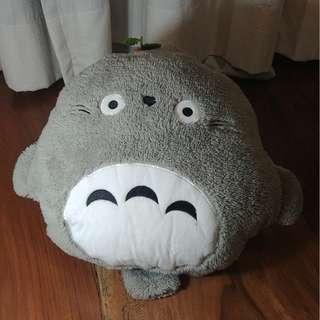 Totoro Plushie w/ Blanket