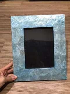 Bingkai foto kulit mutiara wrn biru.