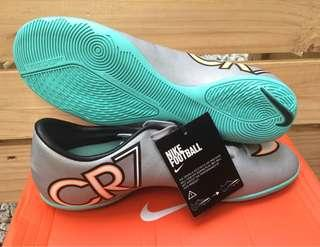 Nike CR7 Mercurial Victory V IC  Metallic Silver/Hyper Turquoise/Black Indoor Soccer Shoes US 9