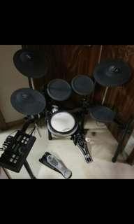 Yamaha DTX522K Electric Drum Set