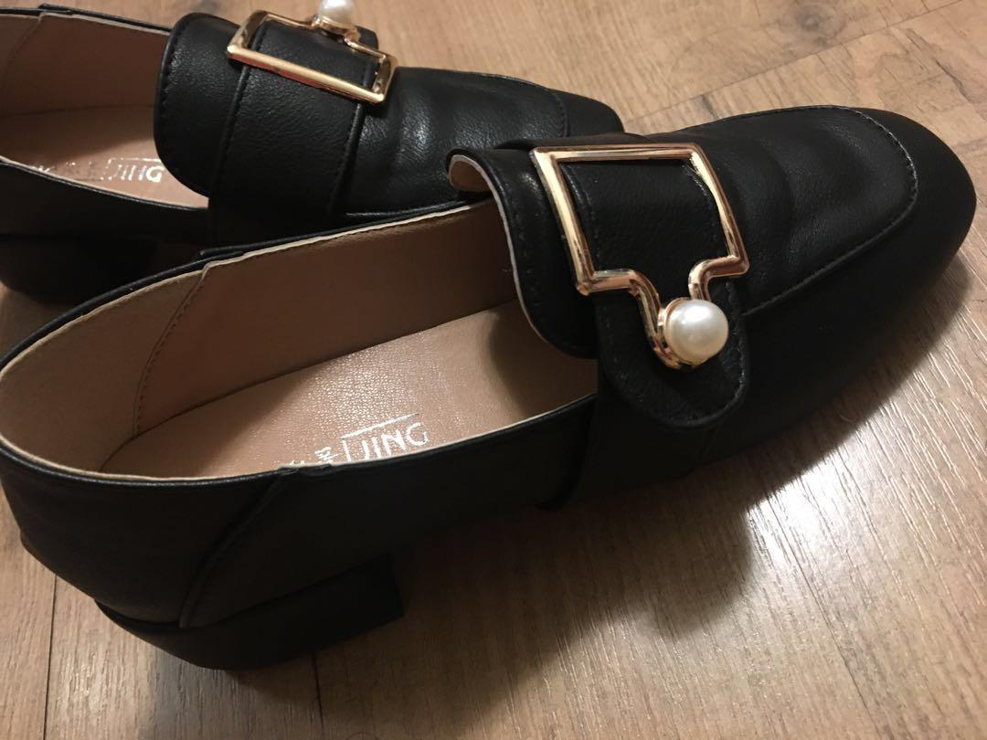 超美珍珠低跟鞋