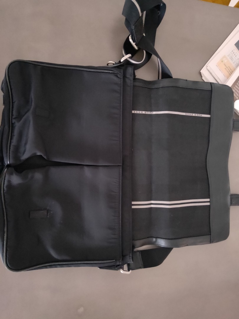 Authentic hugo boss messenger laptop briefcase bag 3df54ef65aa62
