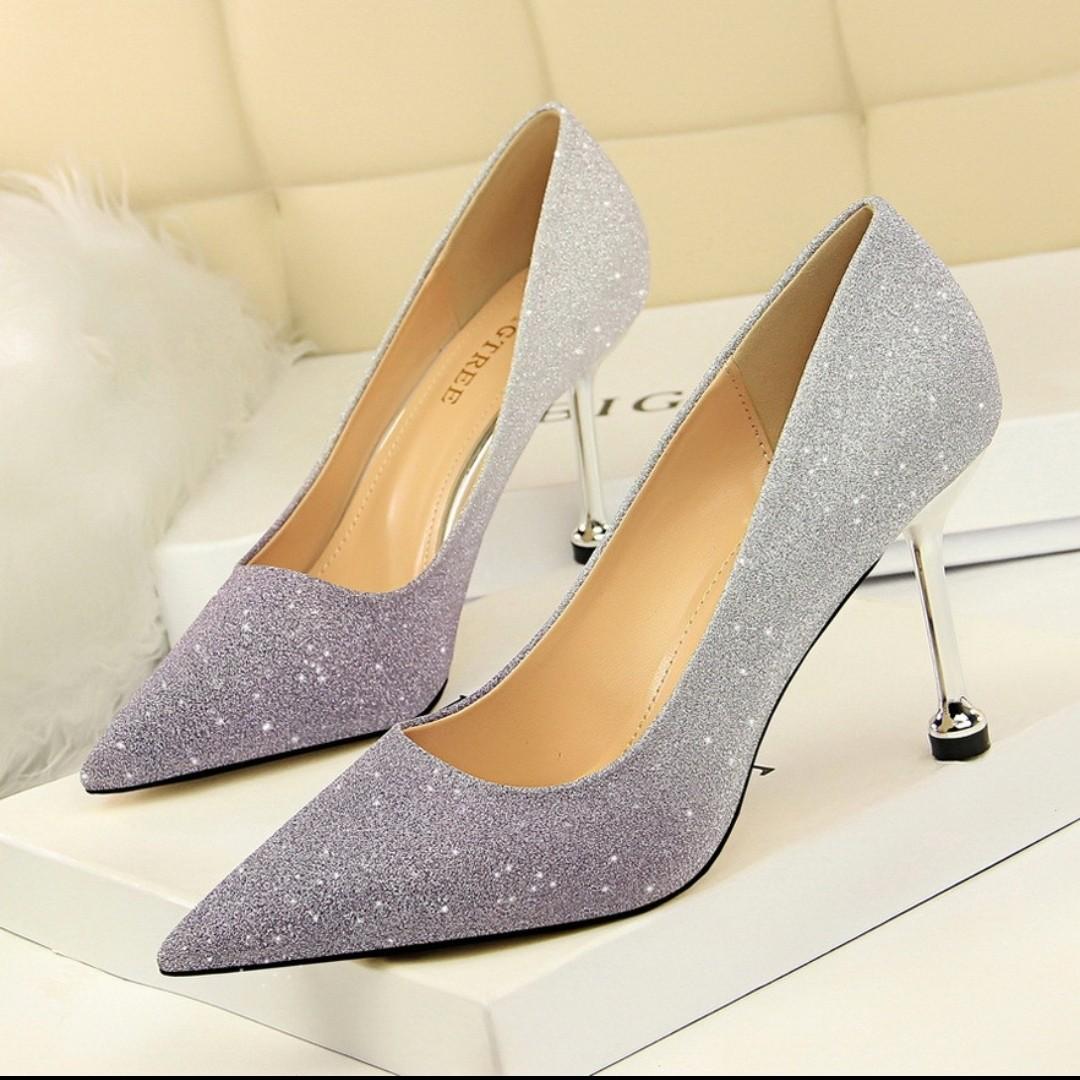 4000a4913a7 BNIB purple gradient Glitter Heels size 36