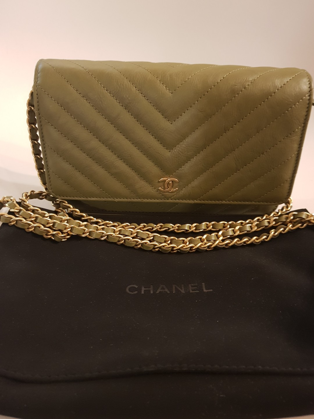 500e4d5d5ce3 CHANEL WOC CHEVRON, Luxury, Bags & Wallets, Handbags on Carousell