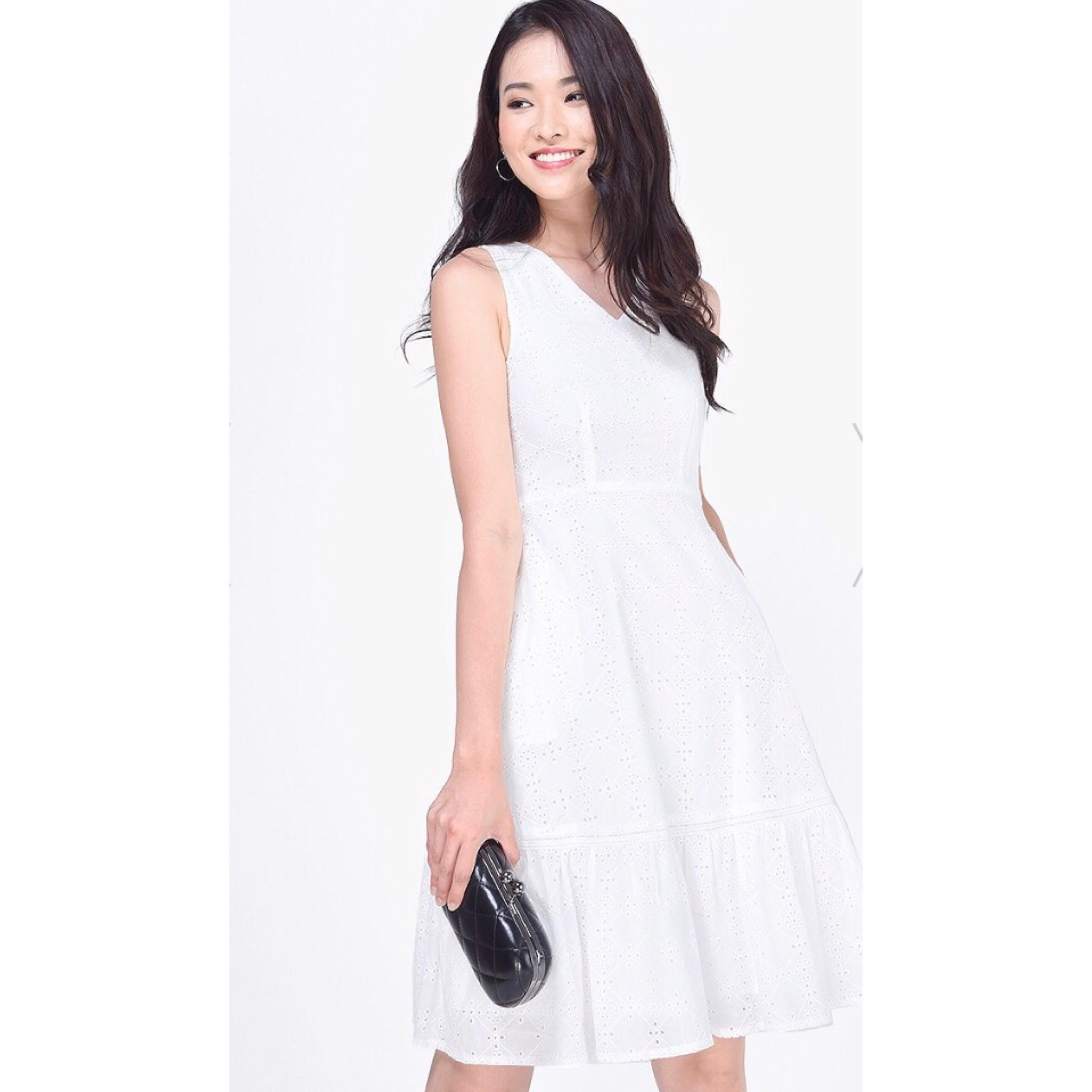 9a0e31cd3 Fayth Clarisse Eyelet Drop Hem Dress, Women's Fashion, Clothes ...