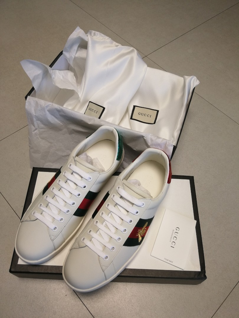 bee6ed8ef9d Gucci Bee Embroidered Sneaker