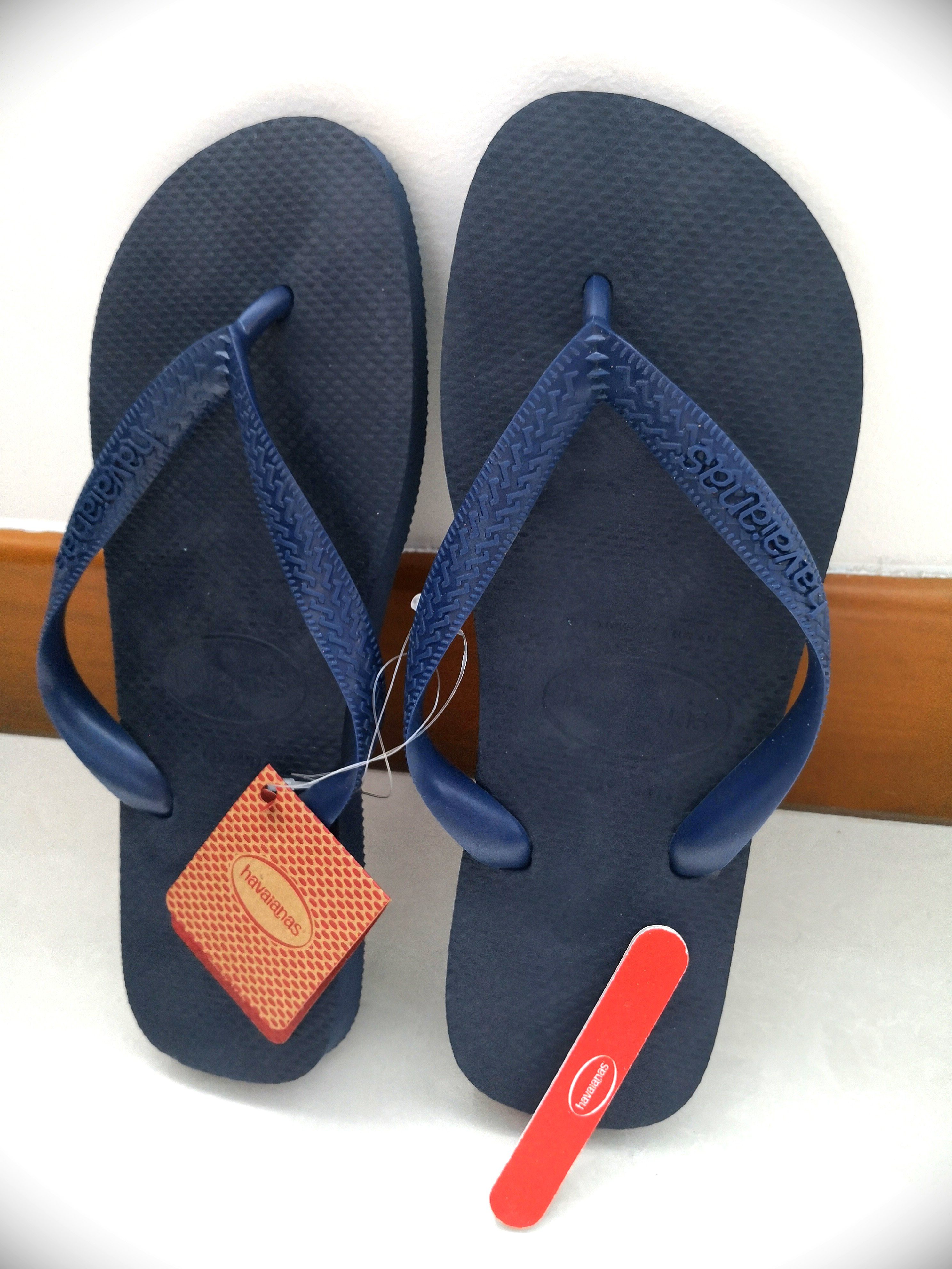 5a5be8fab5bb Havaianas Classic Top Navy Blue Flip Flops