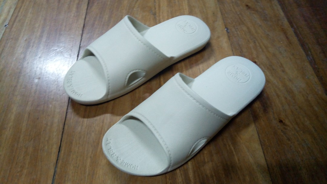 Miniso Foam Slippers (used once only