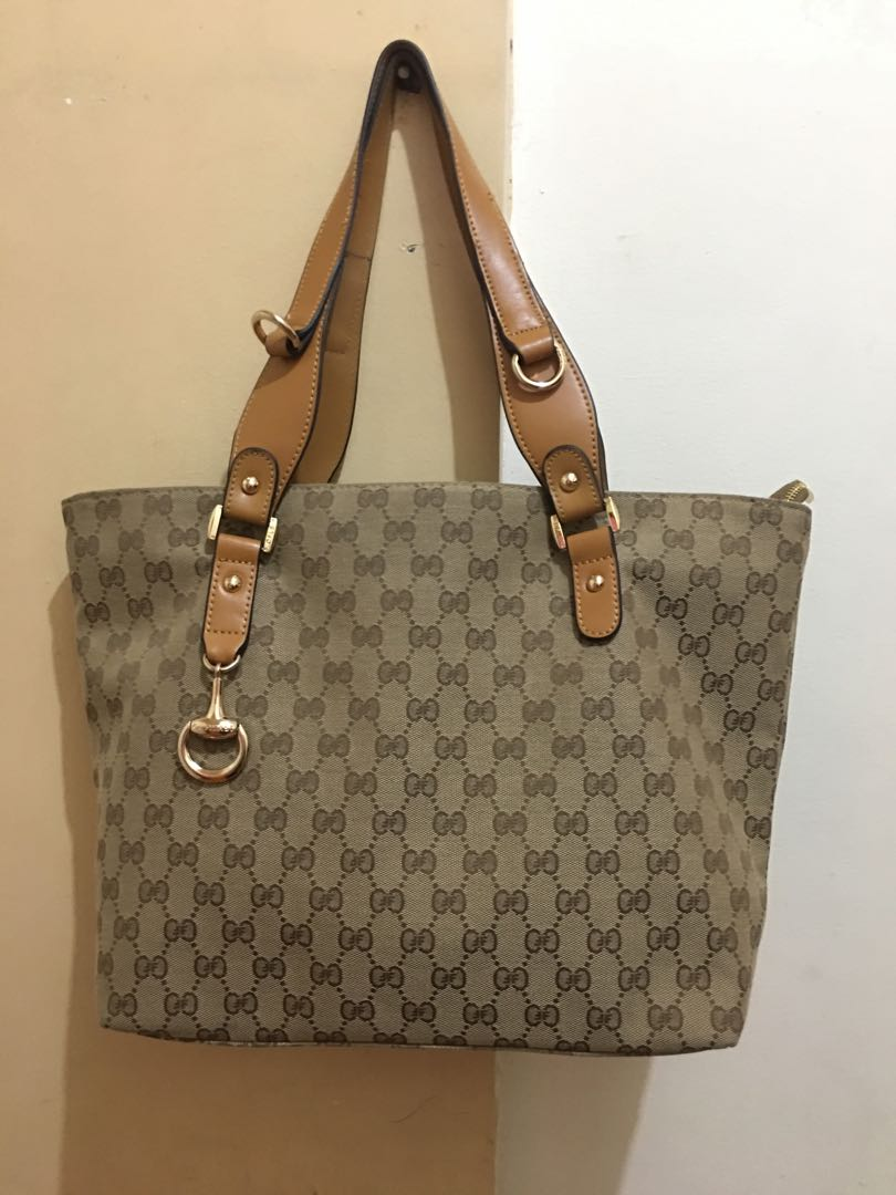 60906620746 Oufilasi Bag (Original), Women s Fashion, Bags   Wallets on Carousell