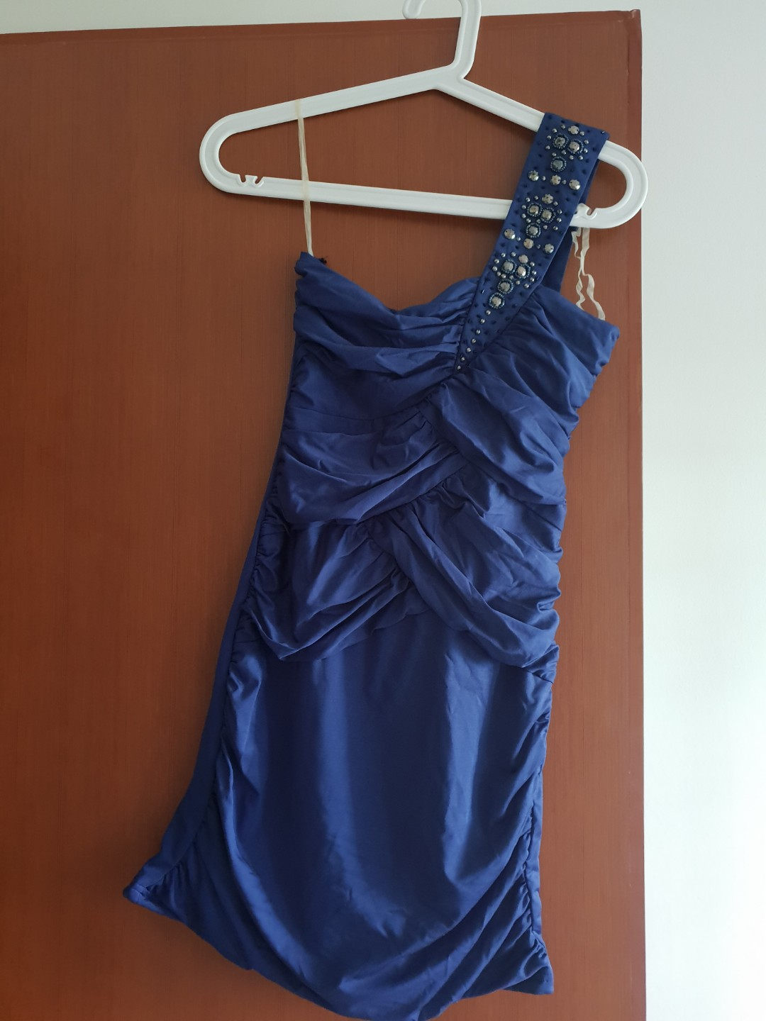f96b7c61827 Pre-loved Dark blue toga bandage dress with embellishment