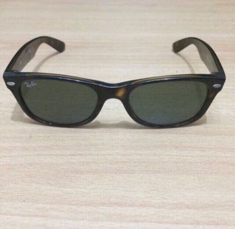 f0a8df25d0 Ray Ban Rb2132 902 52 18