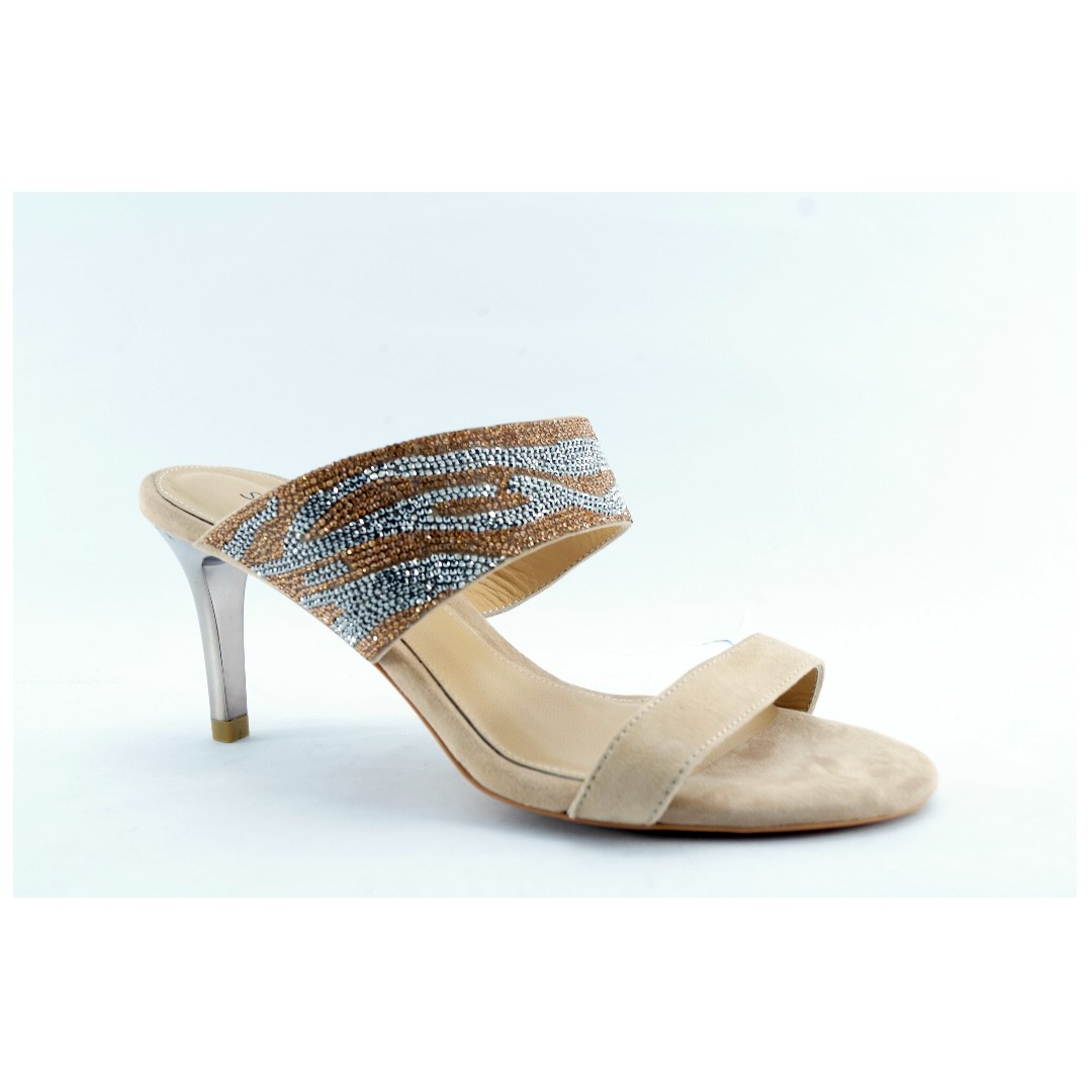ef30e3afb02 STACCATO Fall Crystal Casual Leather Heel Shoes