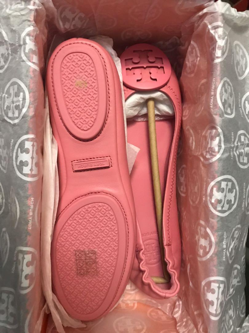 77de664adc3d Home · Women s Fashion · Shoes · Flats   Sandals. photo photo ...