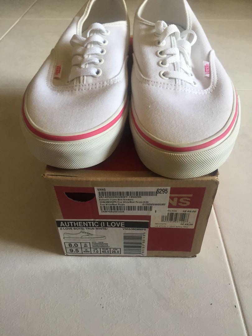 c9c1b7a49922 Vans canvas shoes (I love boys)