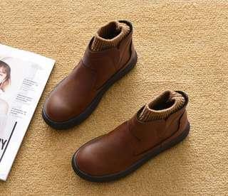 🚚 全新現貨~軟底襪套厚底短筒馬丁靴/短靴