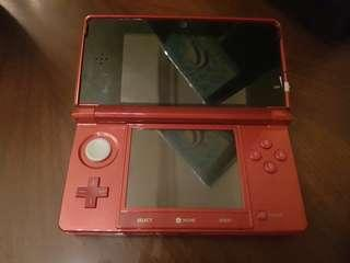 Nintendo 3DS Red w/ 2 Free Games(No Damage