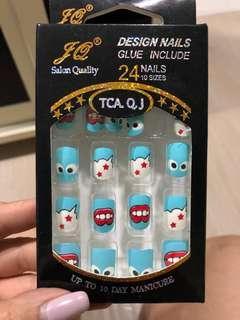 BN Fake nails